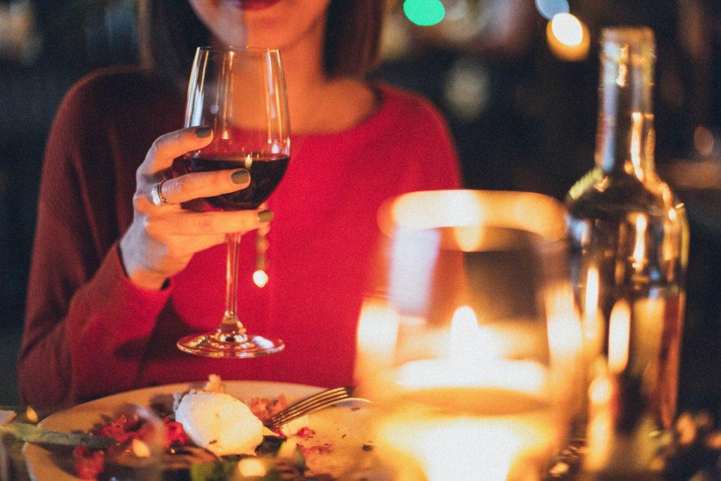 el vino es bueno para la dieta